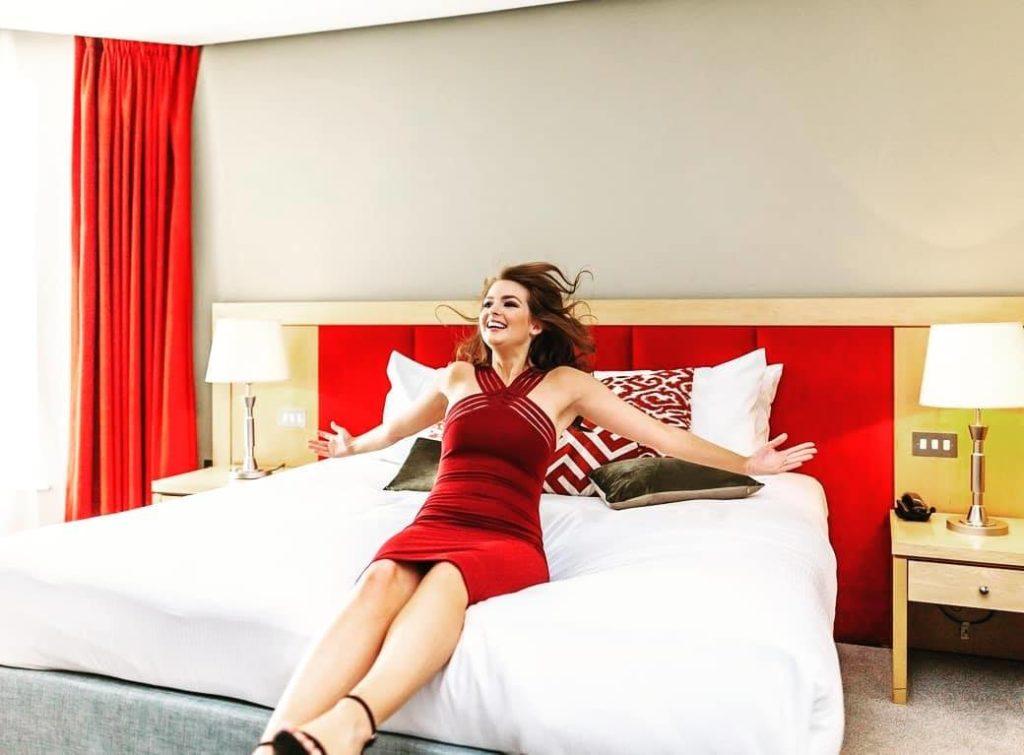 Pembroke Kilkenny Girl on bed