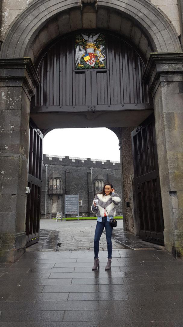Sinead De Blogger Kilkenny Castle Gate